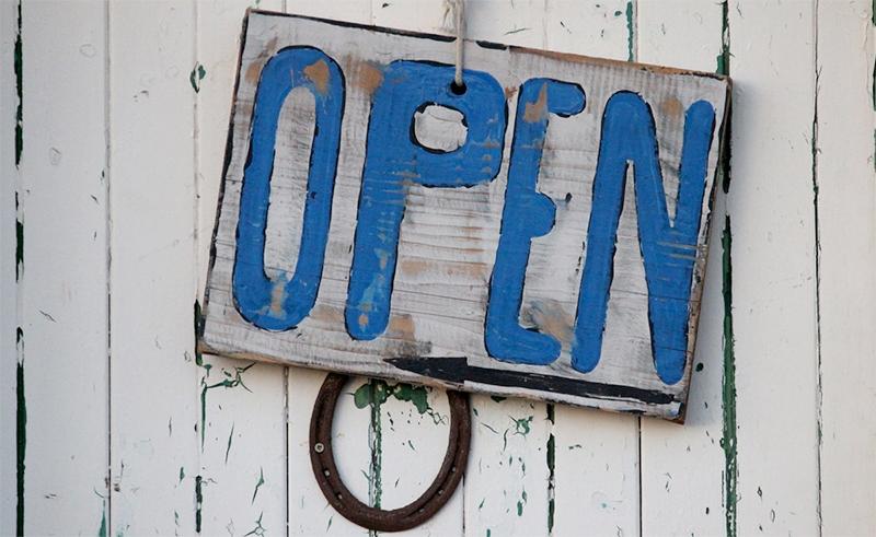 restaurant open sign sun valley jose mier